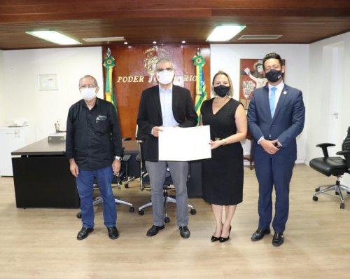 CAAPI doa 1.200 vacinas ao Tribunal de Justiça do Estado do Piauí